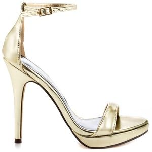 Used Michael Antonio Lovina Gold Heels Size 7